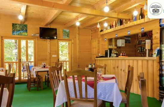 Modra Rijeka kuhinja kamp