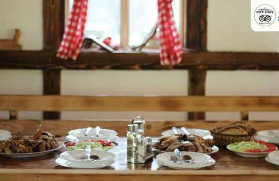 Trpeza i domaća hrana Tarasport